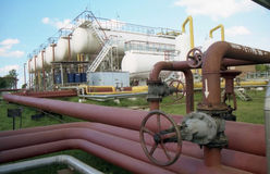 De industrie van het gas. gas-overbrengt royalty-vrije stock fotografie