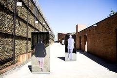 De ingang aan Apartheidsmuseum, Johannesburg Stock Foto's