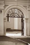 De ingang aan de Kathedraal van de veronderstelling Royalty-vrije Stock Afbeelding