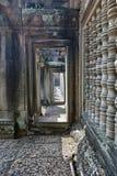 De ingang aan de muur van de tempel Stock Foto's
