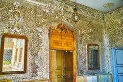 De ingang aan Zaal van Schittering van Golestan, Teheran stock fotografie