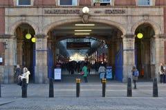 De ingang Londen van de Marylebonepost stock afbeeldingen
