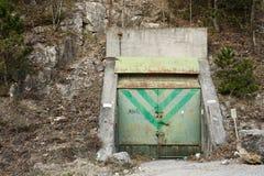 De ingang van de bunker royalty-vrije stock fotografie