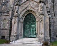 De ingang van de kerk Stock Foto
