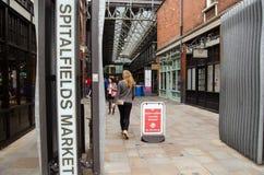 De ingang van de Spitalfieldsmarkt, Londen Royalty-vrije Stock Afbeelding