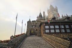De ingang van het historische kasteel Cochem Stock Foto