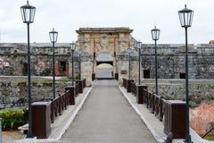 De ingangsdeur van de vesting van La Cabana in Havana stock fotografie