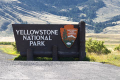 De Ingangsteken van het Yellowstone Nationaal Park Stock Afbeelding