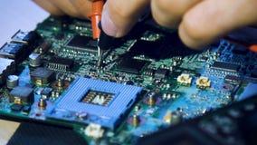 De ingenieursmotherboard van de micro-elektronicacomputer stock video