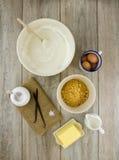 De ingrediënten van de kaastaart Stock Foto's