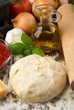 De ingrediënten van de pizza Stock Fotografie