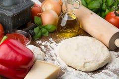 De ingrediënten van de pizza Royalty-vrije Stock Afbeeldingen