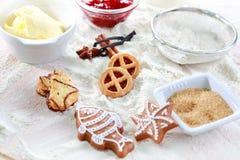De ingrediënten van het baksel voor koekjes en peperkoek stock fotografie