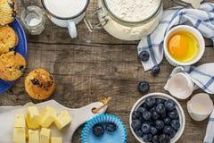 De ingrediënten van het baksel voor muffins Royalty-vrije Stock Foto