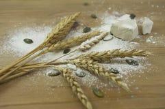 De ingrediënten van het brood Stock Fotografie