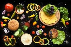 De ingrediënten voor een hamburger Royalty-vrije Stock Afbeeldingen