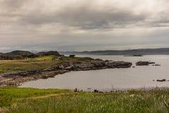 De inham van de Atlantische Oceaan in mellon-Charles, NW Schotland stock afbeelding