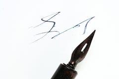 De inkt en de pen van de schrijver Stock Foto's