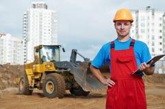 De inspecteur van de bouwer bij bouw Stock Afbeelding