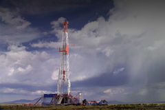 De installatie van de olieboring stock fotografie