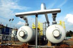 De installatie van gashouders stock afbeeldingen