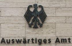 De Instantie voorziet - Foreign Office Bondsrepubliek Duitsland van wegwijzers Stock Afbeeldingen