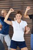 De instructeur van de dans in dansende klasse Stock Foto's