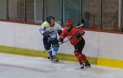 De internationale gelijke van de Hockeyliga IHL tussen HC Vojvoidna Novi Sad en HC Triglav Kranj stock fotografie