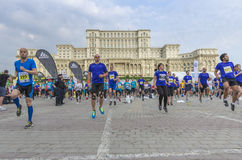 De Internationale Halve Marathon van Boekarest Stock Foto's