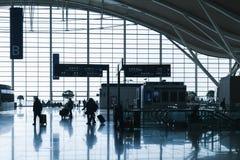 De Internationale Luchthaven van Shanghai Pudong Achter Lit Stock Fotografie