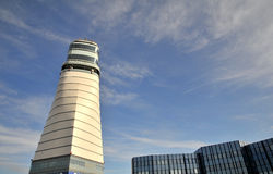 De Internationale Luchthaven van Wenen - controletoren Royalty-vrije Stock Foto