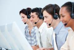 De internationale vertegenwoordigers van de klantendienst Stock Foto