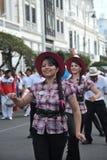 De inwoners van de stad tijdens Carnaval ter ere van Virgin van Guadalupe Stock Afbeelding