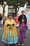 De inwoners van de stad tijdens Carnaval ter ere van Virgin van Guadalupe Stock Foto's