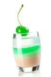 De inzameling van de cocktail: Drie gelaagd schot met groen stock afbeelding