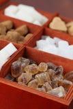 De inzameling van de suiker - divers kubussen en suikergoed stock foto's