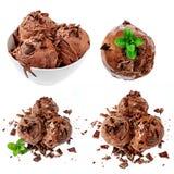 De Inzameling van het chocoladeroomijs die op witte achtergrond wordt geïsoleerd Heerlijk Roomijsclose-up stock afbeelding