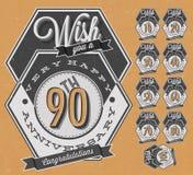 De inzameling van het verjaardagsteken en kaartenontwerp in retro stijl. Stock Foto's