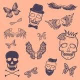 De inzameling van jongensflarden Vectortatoegering van de pictogrammen van overzichtsjongens, zoals bekroond scull, doods s-hoofd vector illustratie