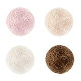 De inzameling van roomijslepels Vier ballen basisdiearoma en kleuren - room, aardbei, brulee room, chocolade, op witte bedelaars  royalty-vrije stock afbeelding