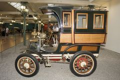 De Inzameling van de Schlumpfauto, in Cité Automobiele Nationale Museum van DE l het 'in Mulhouse, Alasace Frankrijk La stock afbeelding