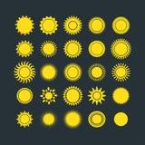 De inzamelings vectorillustratie van zonpictogrammen Stock Foto