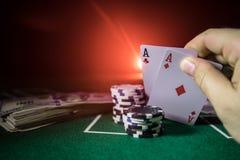 De isolatie van het casinoelement op kleurrijk, Gokautomaat, Roulette terwijl, Casinospaander - beeld dobbel stock afbeelding