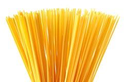 De Italiaanse die deegwaren van de spaghetti op wit worden geïsoleerda Royalty-vrije Stock Afbeelding
