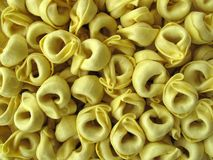 De Italiaanse gevulde deegwaren van Tortellini Stock Afbeeldingen