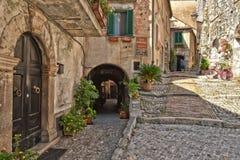 De Italiaanse stad van Castro-dei Volsci stock afbeeldingen
