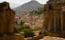 De Italiaanse stad van Taormina Royalty-vrije Stock Afbeelding