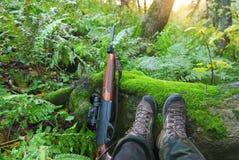 De jacht in bos Stock Afbeeldingen