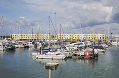 De Jachthaven van Brighton. Sussex. Engeland stock afbeelding