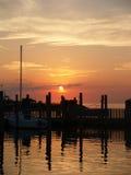 De Jachthaven van de zonsondergang stock afbeeldingen